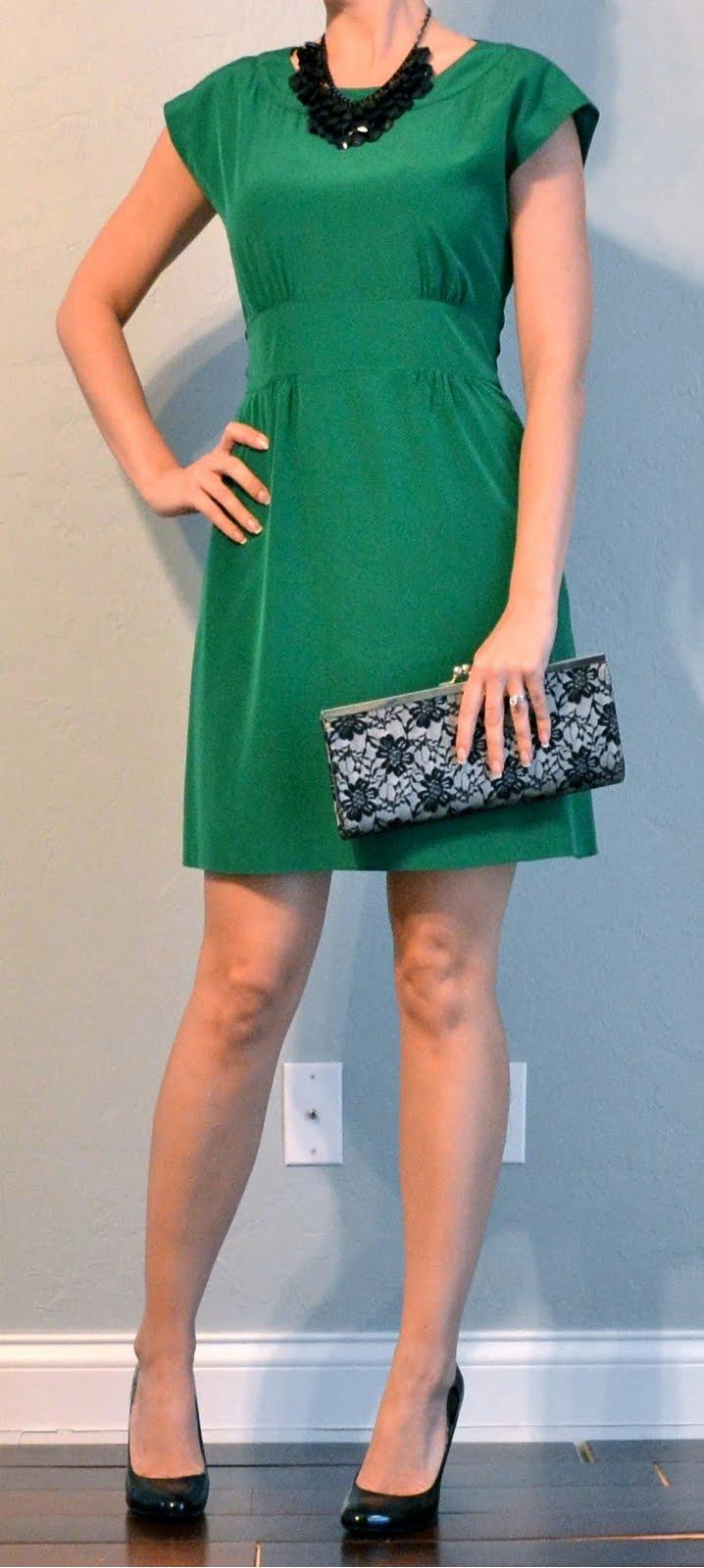 outfit post: green dress, black pumps, black bib necklace